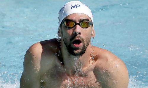 Phelps giúp nhà tài trợ mới Aqua Spherer làm ăn phát đạt qua đó khiến Speedo khốn đốn. Ảnh: AP.
