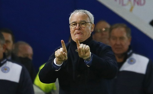 HLV Ranieri trong trận hòa Man City 0-0 ở vòng 19. Ảnh: Reuters.