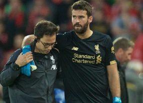 Liverpool nhận tin không tốt từ Alisson Becker